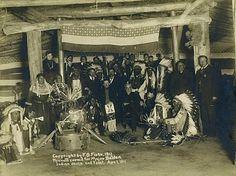 Hunkpapa and Yanktonai group at Ft. Yates, North Dakota - 1911
