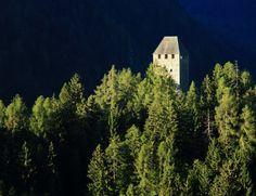 Le rovine del Castello Eschenlohe in Val d'Ultimo