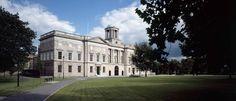 Inicio - La Sociedad de Honor de pensiones de King. Education And Training, Dublin, Online Courses, Ireland, Community, Street, House Styles, Home, Ad Home