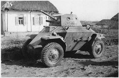 Named after the son of Attila, King of the Huns, this armored scout car was made for the use of the Royal Hungarian Army for the Second World War. The Csaba was designed by the Hungarian expatriate Nicholas Straussler. General Motors, Crusader Tank, Armored Vehicles, Armored Car, Armoured Personnel Carrier, Ww2 Tanks, Military Weapons, War Machine, Machine Guns