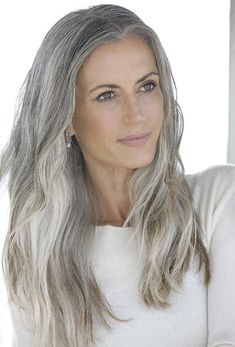 Color This makes me want to let my grey hair grow in and color the rest a darker grey! Love this hair and color! Sam GoldThis makes me want to let my grey hair grow in and color the rest a darker grey! Love this hair and color! Long Gray Hair, Silver Grey Hair, White Hair, Pelo Color Plata, Silver Haired Beauties, Grey Hair Inspiration, Pelo Natural, Natural Hair, Corte Y Color
