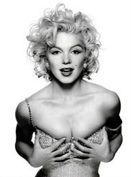 1991 - Madonna by Patrick Demarchelier for Glamour Cover - monroe photo replica Fusion Patrick Demarchelier, Richard Avedon, Robert Mapplethorpe, Annie Leibovitz, Marylin Monroe, Norma Jeane, Celebs, Celebrities, Classic Beauty
