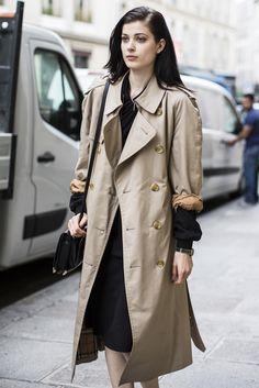 cool birds – model Larissa Hofmann | A Love is Blind - , Paris Haute Couture Fall 2014, outside Martin Margiela, Larissa Hofmann