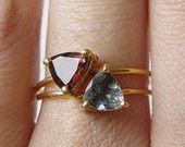 EN vente Tourmaline rouge Triangle anneau OOAK Rubellite or rempli