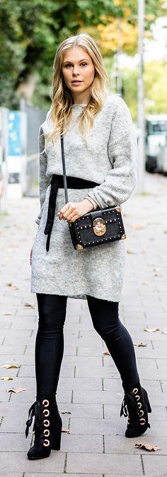 Im Strickkleid durch den Herbst – 7 Girls 7 Styles - Ste Gonz Fashion Blogger Style, Look Fashion, Autumn Fashion, Fashion Outfits, Womens Fashion, Dress Fashion, Mango Fashion, Bodycon Dress With Sleeves, Belted Shirt Dress