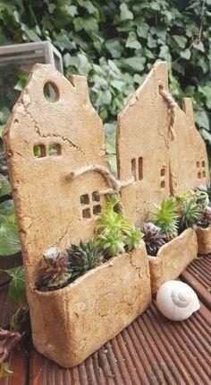 Hand Built Pottery, Slab Pottery, Ceramic Pottery, Pottery Art, Thrown Pottery, Pottery Studio, Clay Houses, Ceramic Houses, Ceramic Clay