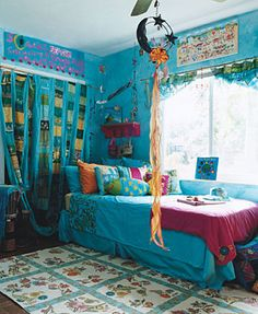 The Room of Their Dreams ~ I love the bright colors