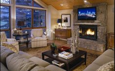 Unforgettable vacation experience in Aspen! The views from this home were breathtaking!