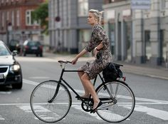 BORDEAUX CYCLE CHIC: Copenhagen Bikehaven by F. M. S. Mellbin