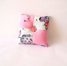 Patchwork Pincushion, Pink purple fabric, Ready for shipping, Quilt, needlecraft, sewing basket accessory