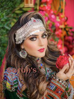 Beautiful Blonde Girl, Beautiful Girl Photo, Beautiful Women, Asian Wedding Dress Pakistani, Indian Bridal, Beautiful Girl Facebook, Afghani Clothes, Afghan Wedding, Afghan Girl