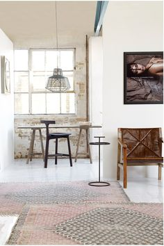 Flatweave rug | French Connection | Woven. http://www.hglivingbeautifully.com/2015/04/14/3-of-the-best-flatweave-rugs-2/