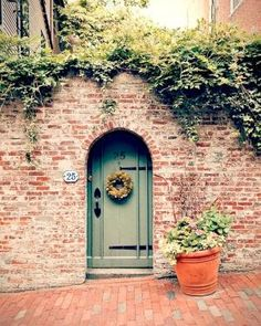 love the paint color with the brick.for if i ever live in a brick house by leanna Door Paint Colors, Front Door Colors, Exterior Paint Colors, Exterior House Colors, Exterior Design, Front Doors, Le Ranch, Beacon Hill Boston, Hidden House