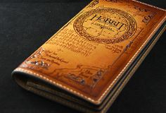 Handmade custom personalized Middle Earth Lord Of The Rings the Hobbit carved leather with  ID card long wallet for men/fans
