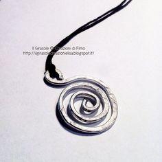 Il Girasole ❂  Creazioni di Fimo: Collana in filo di cotone cerato con nodo scorrevo...