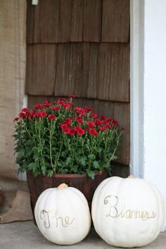 Love this idea for using white pumpkins in an entryway! #Fall #Decor #Pumpkins