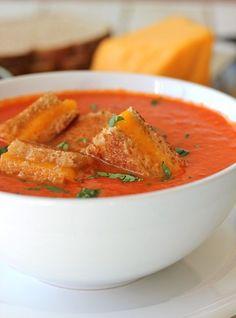 """Diaporama """"10 plats à cuisiner même quand vous êtes fauchés """" - Soupe de tomates"""