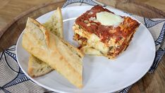 Eggplant Parmesan lasagna and Eggplant Rotollo Italian Recipes, Vegan Recipes, Cooking Recipes, Italian Foods, Meatless Recipes, Pasta Recipes, Best Vegetarian Dishes, Vegetarian Options, Eggplant Parmesan Lasagna