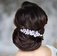 Featured hairstyle: Elstile; www.elstile.ru