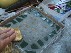 Pizza Box Stepping Stones, use shells, colourful glass as deco Garden Crafts, Garden Projects, Craft Projects, Garden Ideas, Tapestry Of Grace, Fun Crafts, Arts And Crafts, Outdoor Crafts, Outdoor Stuff