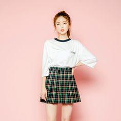 icecream12 คมชัดตัดตัวอักษร T-Shirt | YesStyle
