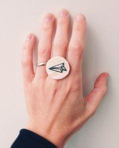 """Anello in legno, linea Origami, disegnato a mano, """"aereo"""" : Anelli di gab77"""
