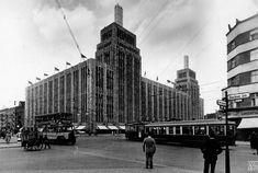 Der Hermannplatz mit dem Warenhaus Karstadt, 1931, Max Missmann