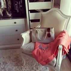 *Home *Armchair *White *Wood *Furniture