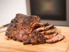 Rev Run's Gotta-Be-On-Time Prime Rib Holiday Roast Au Jus with Horseradish Sauce from CookingChannelTV.com