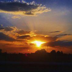 #photooftheday#estate#scenery#landscape#weather#pordosol#getoutside#wonderful_places#تصويري#صباح_الخبر#beautifuldestinations#beauty#streetart#streetphotography#tramonto#naturephotography#streetstyle#skyporn#myskynow#carpediem_sga#light#like4like#20likes#skyline#remember#orangecounty#orange#cloudporn#clouds#sea