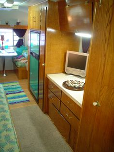 Vintage Campers Amp More On Pinterest Airstream Interior