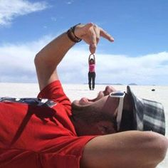 40 Forced Perspective Photography around the world 01 - #Photography #Fotografia