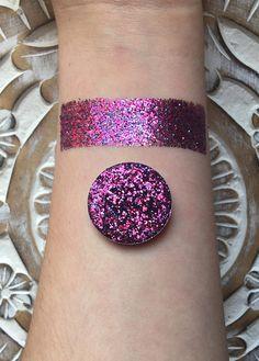 Holographic valentine pressed glitter eyeshadow 26mm magnetic