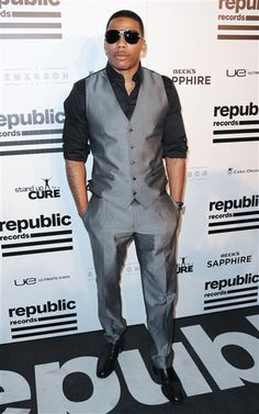 Nelly arrives at the Republic Records post-Grammy party at the Emerson Theatre in Los Angeles on Feb. 10, 2013.