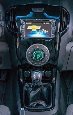 imagens do interiorS10 2015 com novo motor flex