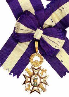 Order of Queen Maria Luisa (Spain) – Insignia (75 × 52 mm) (obverse) (Caen Enchères Auction, Clearance sale: Museum LANDATXUETA, Loiu (Vizcaya), March 21, 2014. Estimate 2300 €)