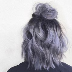 "4,973 Likes, 12 Comments - Hair Extensions Color Inspo (@vpfashion) on Instagram: ""{#VPInspiration} Hair that is out of this w o r l d by @aprilmarie.beauty  More hair…"" Purple Ombre Hair Short, Short Lavender Hair, Short Pastel Hair, Short Hair Colour, Dark Purple Hair, Purple Lilac, Ash Blue Hair, Smokey Blue Hair, Short Ombre"