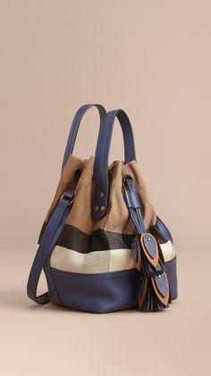 Petit sac Burberry Bucket en toile Canvas check et cuir (Marine Brillant) - Femme   Burberry