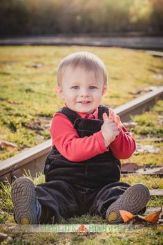 Little boy's first birthday photos on train tracks <3 Lots of ideas on photographing children on this blog!