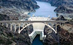 Ponte Passagem da Represa Hoover: a primeira ponte construída em aço e concreto dos EUA