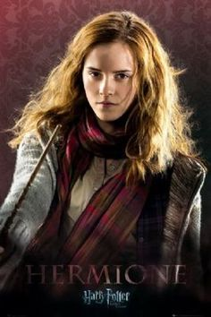 Harry Potter and the Deathly Hallows: Part 1 - Hermione Granger Arte Do Harry Potter, Saga Harry Potter, Harry Potter Poster, Images Harry Potter, Harry Potter Hermione, Harry Potter Universal, Harry Potter Characters, Harry Potter World, Hermione Granger