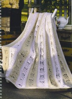 revista mantas-50 Sensational Crochet Afghans & Throws Book on-line (Crochet. Comments: LiveInternet - Russian Service Online Diaries  done in jpg format, 120+ pictures  (some patterns continued on later, so be sure and check that you have all the pattern)  I did find this one!  Love it!
