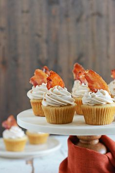 You'll love these Maple-Bacon Cinnamon Cupcakes. The cakes are light and fluffy, frosted with a cinnamon buttercream and topped with candied bacon! Maple Bacon Cupcakes, Cinnamon Cupcakes, Maple Buttercream, Maple Frosting, Bacon Recipes, Muffin Recipes, Candied Bacon, Pumpkin Spice, Baking