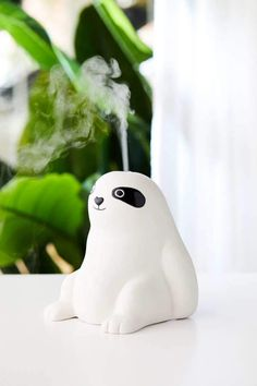 What's the perfect addition to any home? A superadorable sloth oil diffuser, of course! This one from Urban Outfitters is seven inches tall and too cute for Essential Oil Safety, Essential Oil Diffuser, Essential Oil Blends, Essential Oils, Aromatherapy Diffuser, Smiling Sloth, Baby Sloth, Baby Otters, Face Images