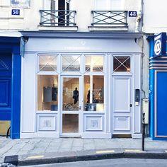 Art Gallery, Paris  — 48 Hours in Paris on @SavvyHome