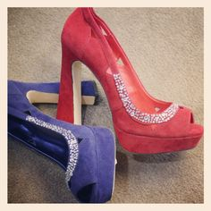 jewel tone shoes with sparkly jewels! #shoes #fashion