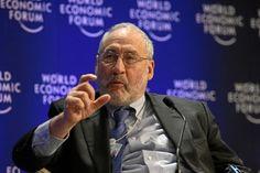 """Joseph Stiglitz, Premio Nobel de Economía: """"Lo que se le ha hecho a los españoles es un desastre"""" - Público.es"""