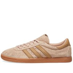 Buy the Adidas Tobacco LUX in Ash Pearl & Gum from leading mens fashion retailer END. - only Fast shipping on all latest Adidas products Sport Fashion, Mens Fashion, Casual Art, Athleisure Fashion, Hair And Beard Styles, Shoe Boots, Shoes, Sneakers Fashion, Adidas Originals