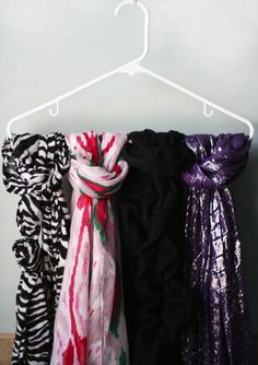 3 Simple Ways to Organize Scarves