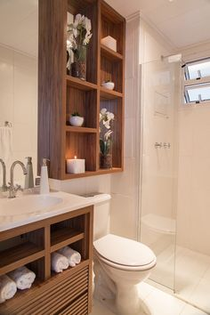 Re-organize your towels and toiletries during your next round of spring cleaning. Check out some of the best small bathroom storage ideas for Bathroom Shelves, Bathroom Organization, Bathroom Storage, Bathroom Interior, Small Bathroom, Bathroom Ideas, Bathroom Makeovers, Remodel Bathroom, Bathroom Layout